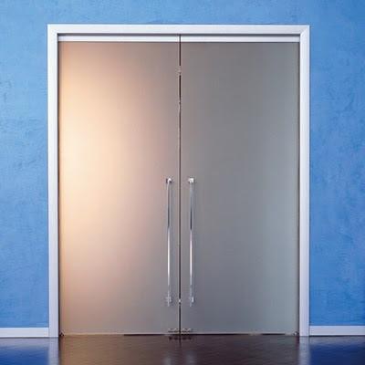 Dise o de interiores ram n mart puertas correderas de for Puertas de paso de cristal
