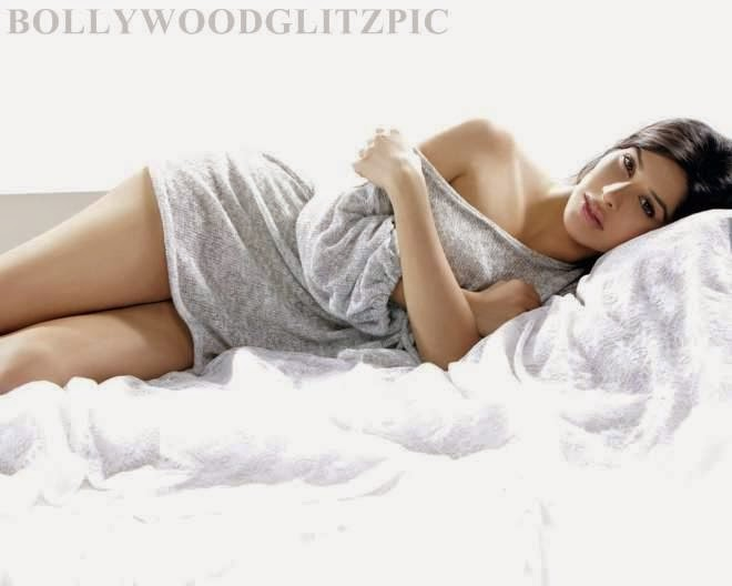 sophie choudry latest hot photoshoot photos