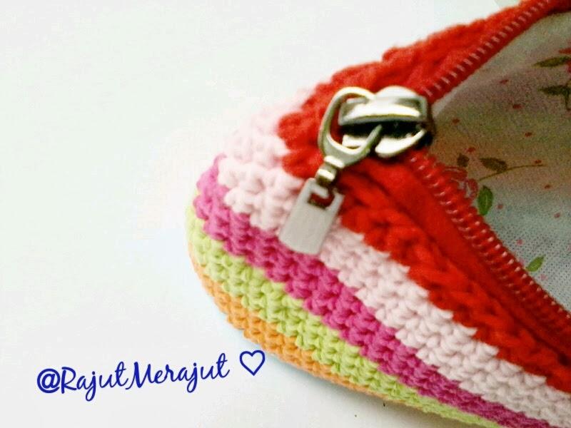 Dompet Rajut Pelangi, Rainbow, Rainbow Color, Crochet Pouch, Pouch, Crochet Purse, Dompet Rajut, Jual Dompet Rajut, Pola Dompet Rajut, Cara membuat dompet rajut
