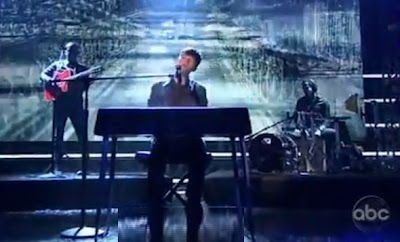 Greyson Chance performs SCL on Dick Clark's New Years Show VIDEO