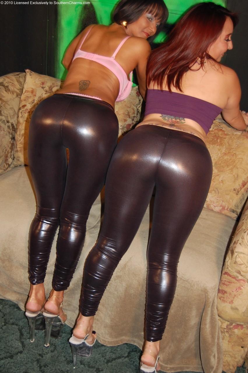 Amateur wife panty upskirt