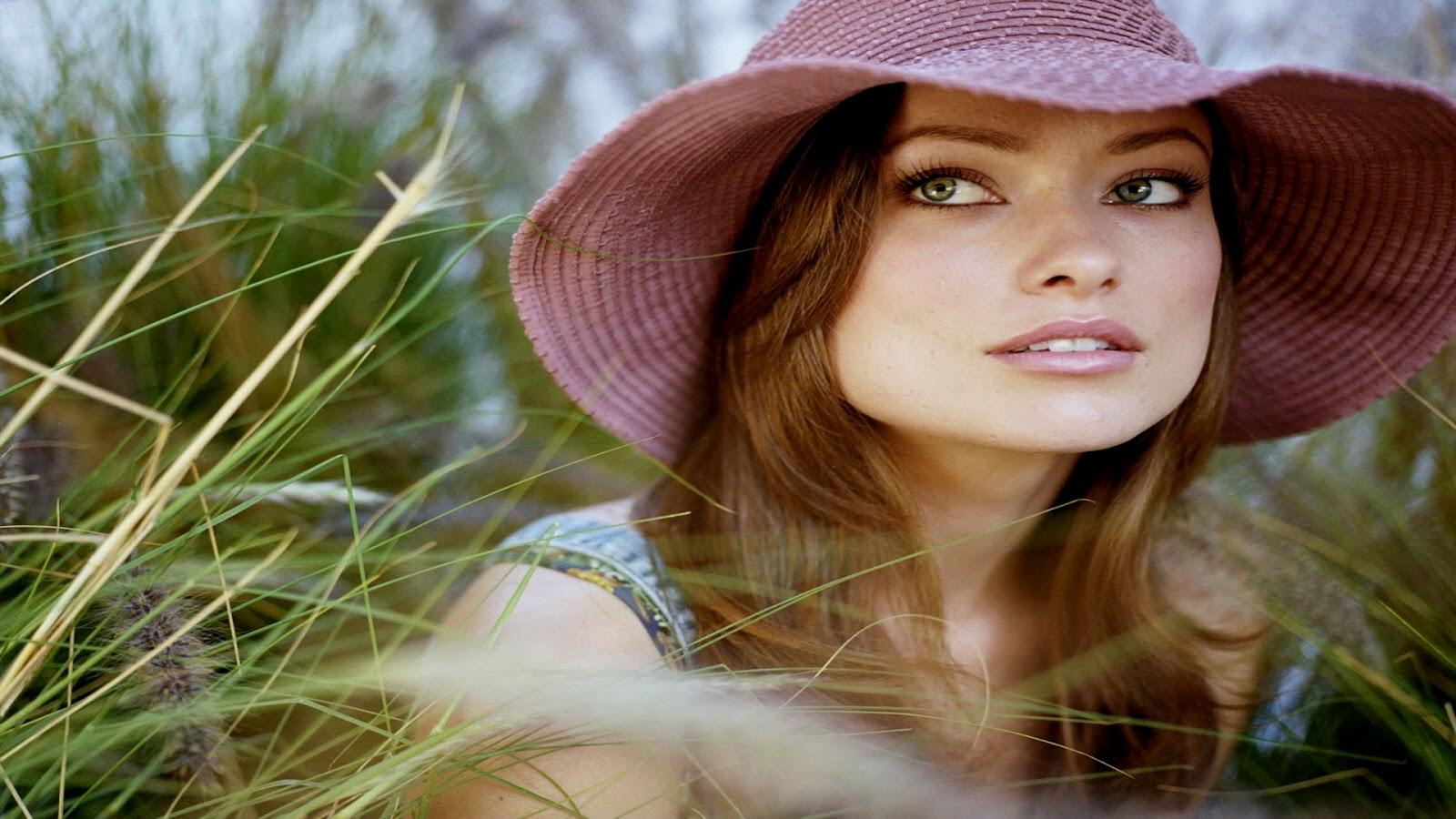 http://3.bp.blogspot.com/-tlL5zjOImBQ/UB-Q2F1o2PI/AAAAAAAALNw/f1e6_FE34XM/s1600/Olivia-Wilde-Wallpapers-17.jpg