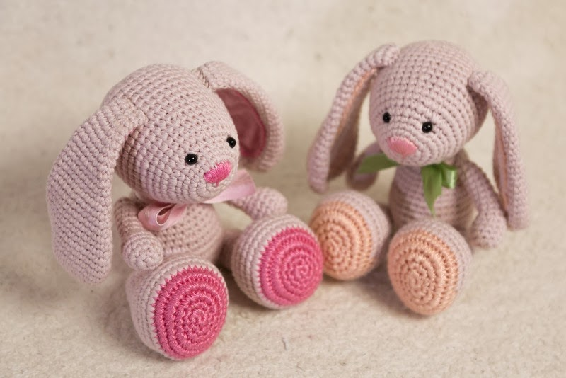 Free Crochet Pattern For A Rabbit : HAPPYAMIGURUMI: NEW PATTERN: Amigurumi Bunny Pattern by ...