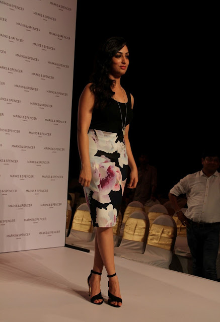 Yami Gautam Looks Super Sexy On The Ramp At Marks & Spencer Spring Summer 2015 Collection Launch In Mumbai
