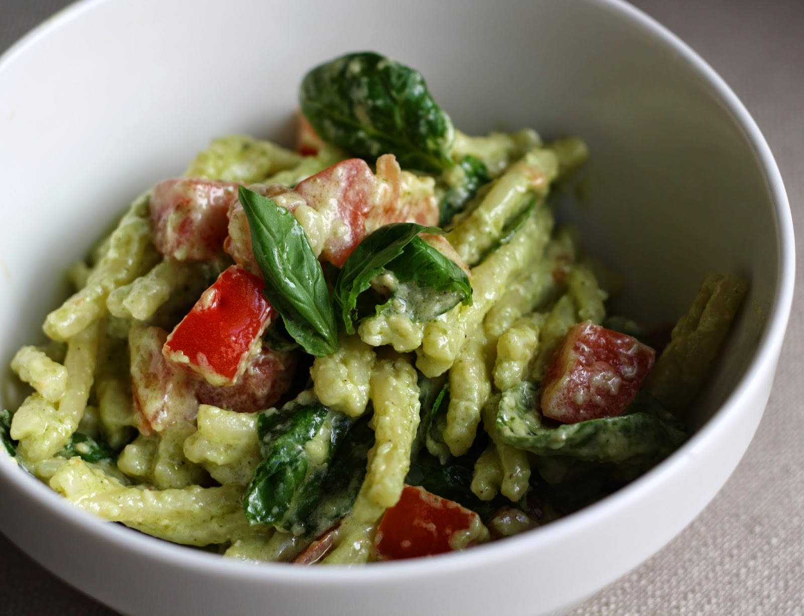 what's for dinner?: pasta with pesto cream sauce... 20 minutes