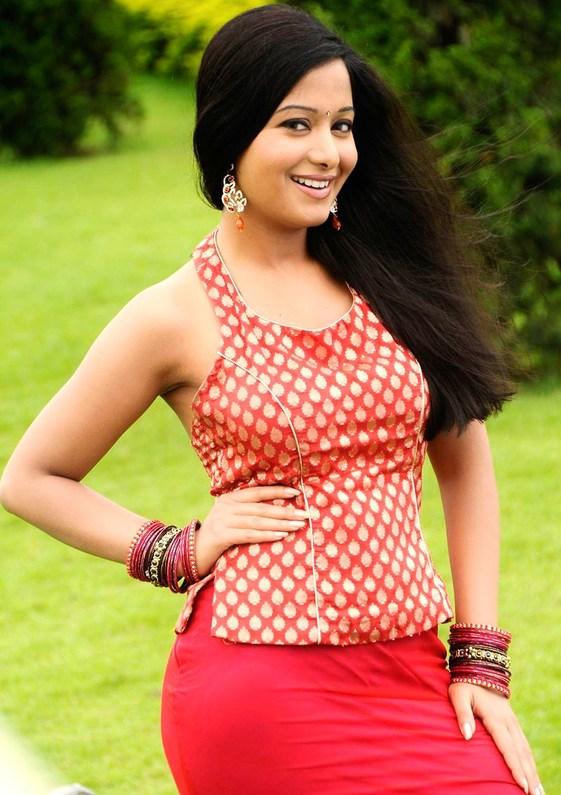 Preetika Rao Cute Photoshoot - Latest Tamil Actress ...