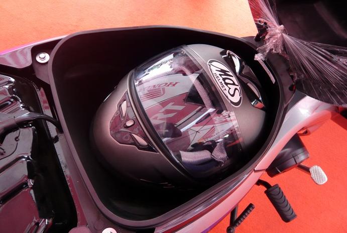 Bagasi Honda Supra X 125 Helm in PGM-FI otogrezz