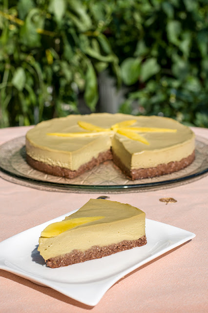 Raw mango cake served on plate