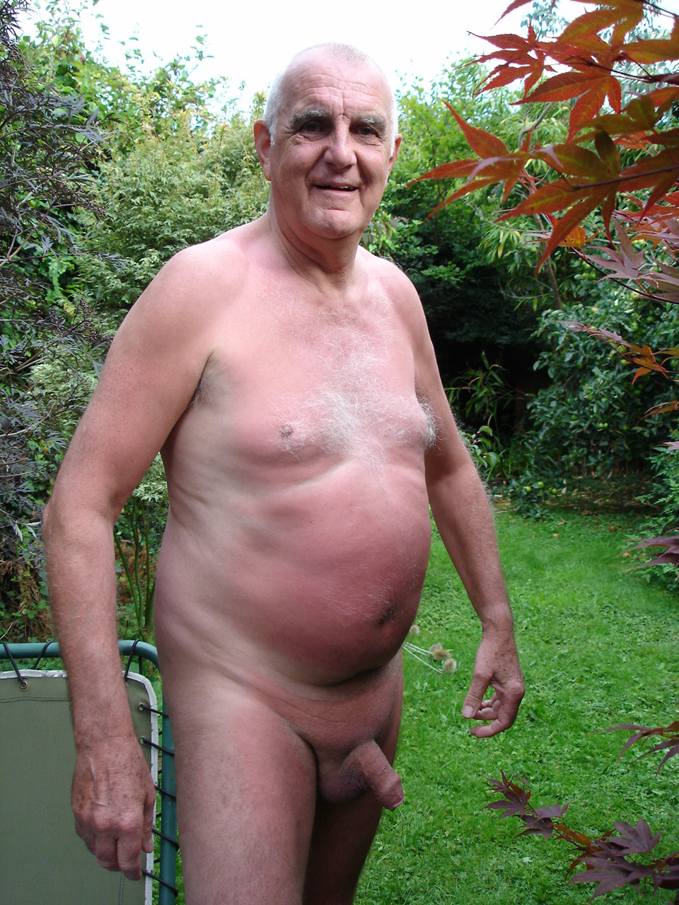 Naked Senior Silver Daddy
