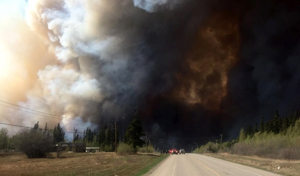 Gates of hell open as as two new massive wild fires merge this time in B.C. Canada: three times as