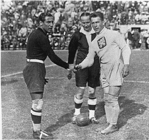 Italian goalkeeper Gianpiero Combi at World Cup 1934