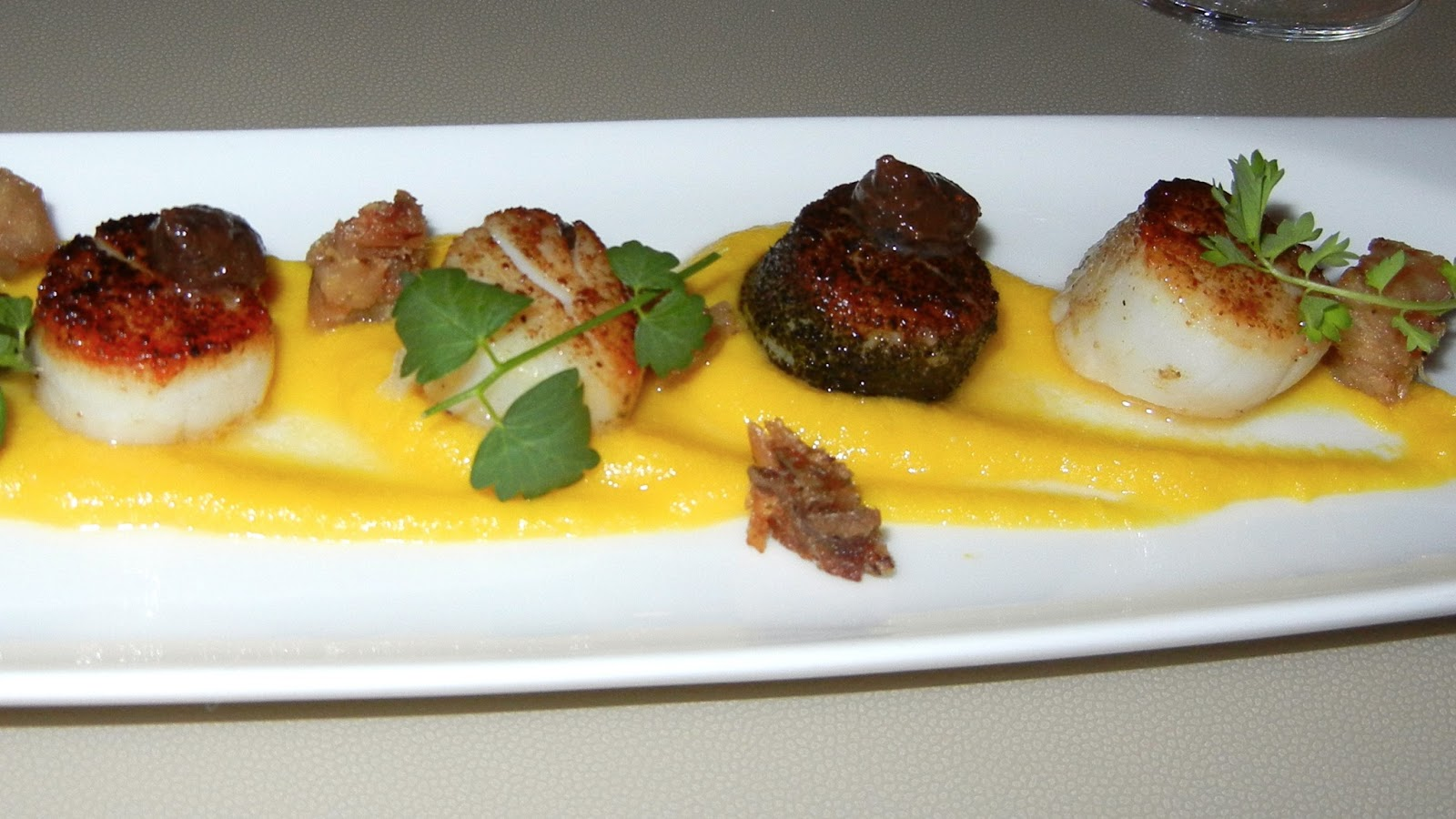 Foodmeupscotty tank japanese australian fusion for Australian fusion cuisine