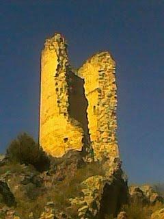 Torre de señales. Origen del Santuario de Torreciudad (Somontano, Huesca, Aragón, España)