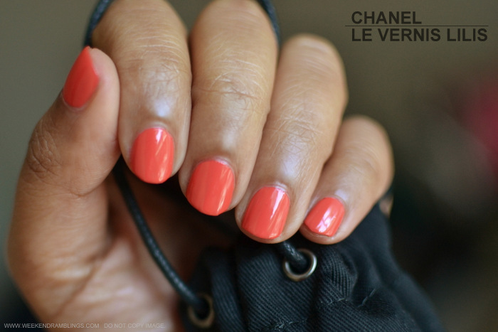 Chanel Le Vernis Nail Polish Colour - Lilis 647 - LEte Papillon de Chanel Makeup Collection Summer 2013 - Indian Beauty Blog Reviews Swatches NOTD Photos