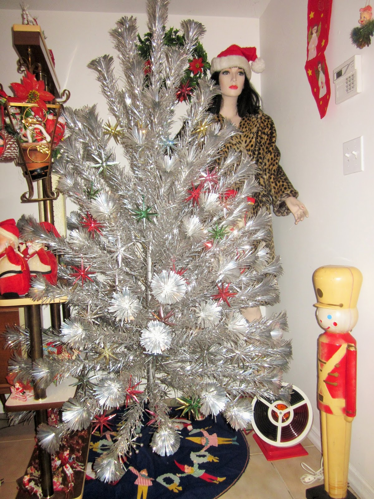 Sputnik christmas ornaments - One Of Our Aluminum Christmas Trees We Have Four But Only Two Are Out This Year This Is A Pom Pom Aluminum Tree We Only Used Vintage Sputnik Ornaments On