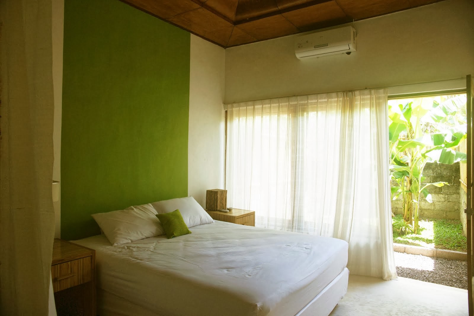 Daun Room