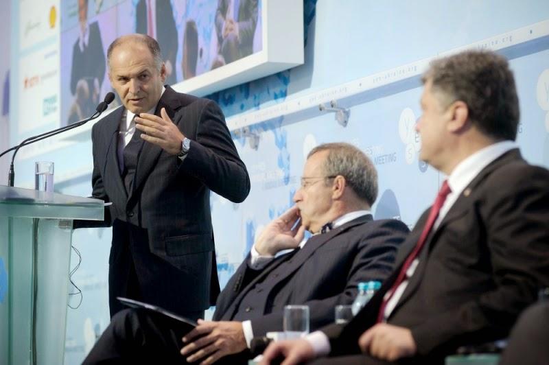 Президент Порошенко выступил на ежегодном форуме Yalta European Strategy (YES)