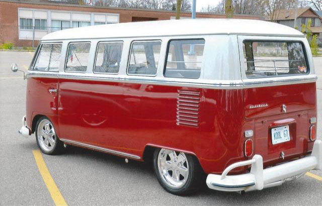 1967 volkswagen 13 window deluxe vw bus