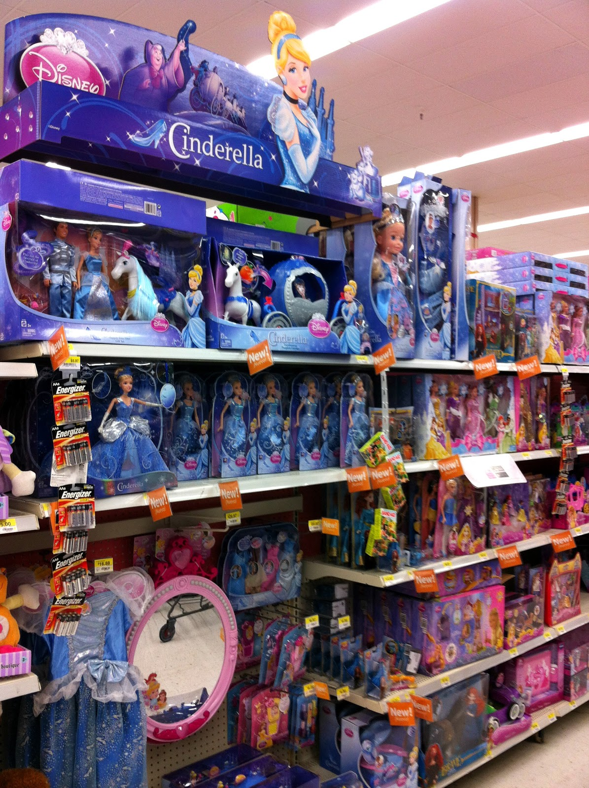 Disney Store Toys : Hot mama in the city november
