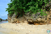 When we were there, we were with a group of people who were enjoying the . (guimaras )