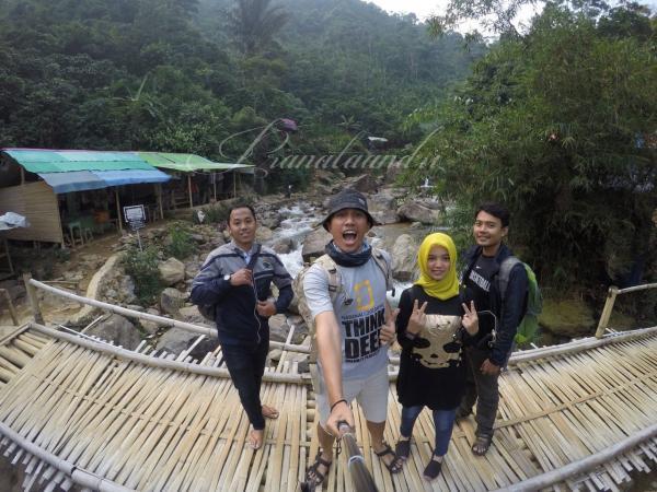 Aliran Sungai Cileungsi