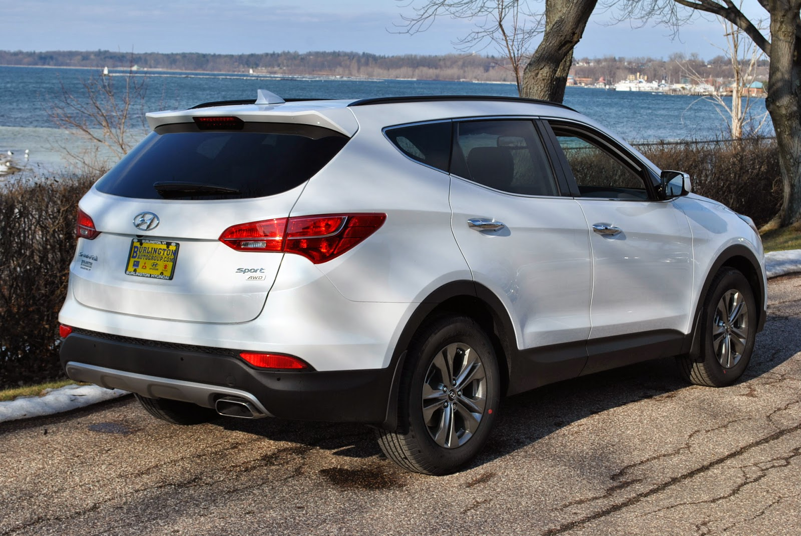 17 simple family car of the year the hyundai santa fe sport family car review. Black Bedroom Furniture Sets. Home Design Ideas