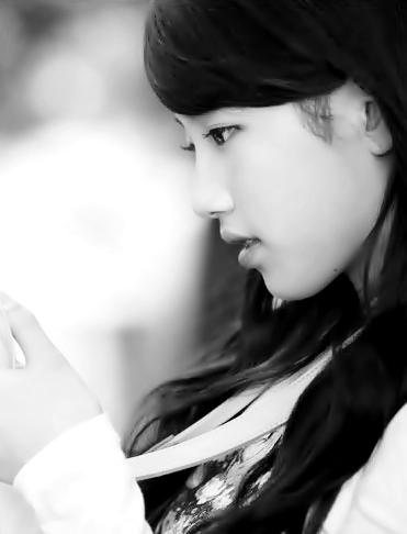 """FANART """"Monochrome"""" Bae Suzy Picture"""
