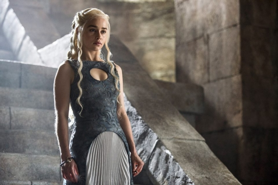 Emilia Clarke shares details about new season : Game Of Thrones Season 6
