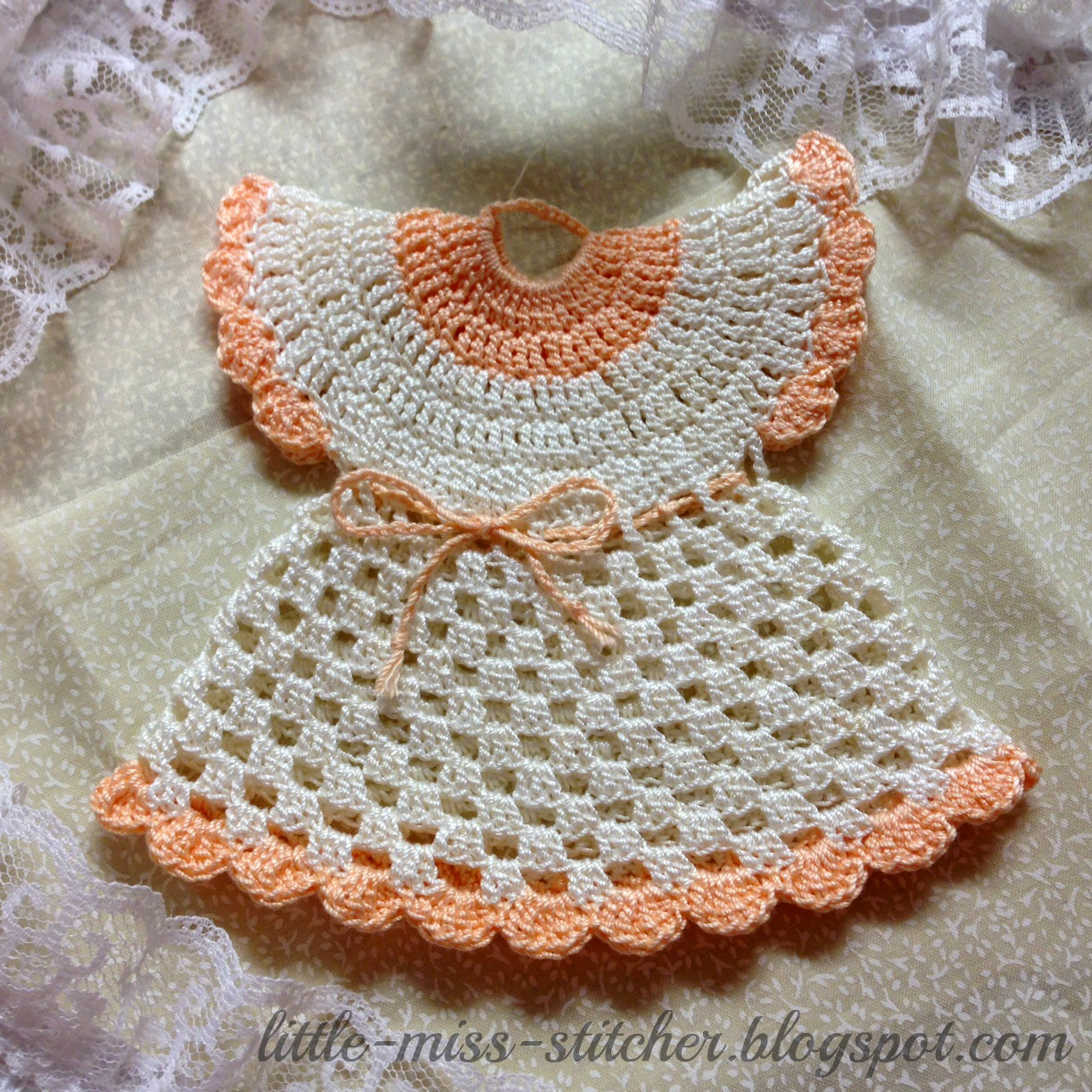 Crochet Patterns Vintage Potholders : First I found some peach and off white size 10 crochet thread.