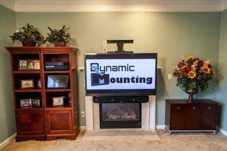 dynamic mounting get rid of neck pain optimize tv viewing angle tech quark. Black Bedroom Furniture Sets. Home Design Ideas
