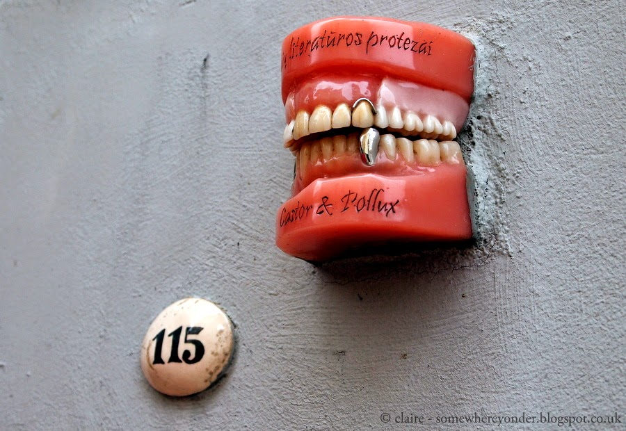 Teeth for literary critics, Vilnius