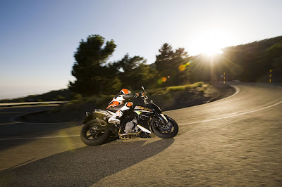 2011 KTM 990 Super Duke Side Action View