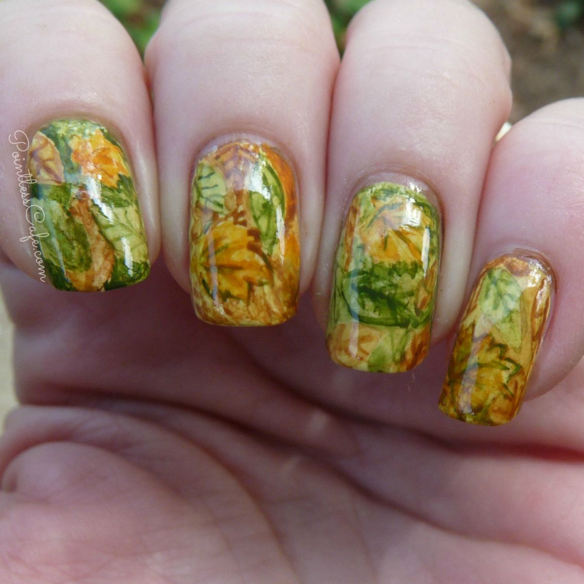HPB Presents: Autumnal Leaves - Fall Nail Art | Pointless Cafe