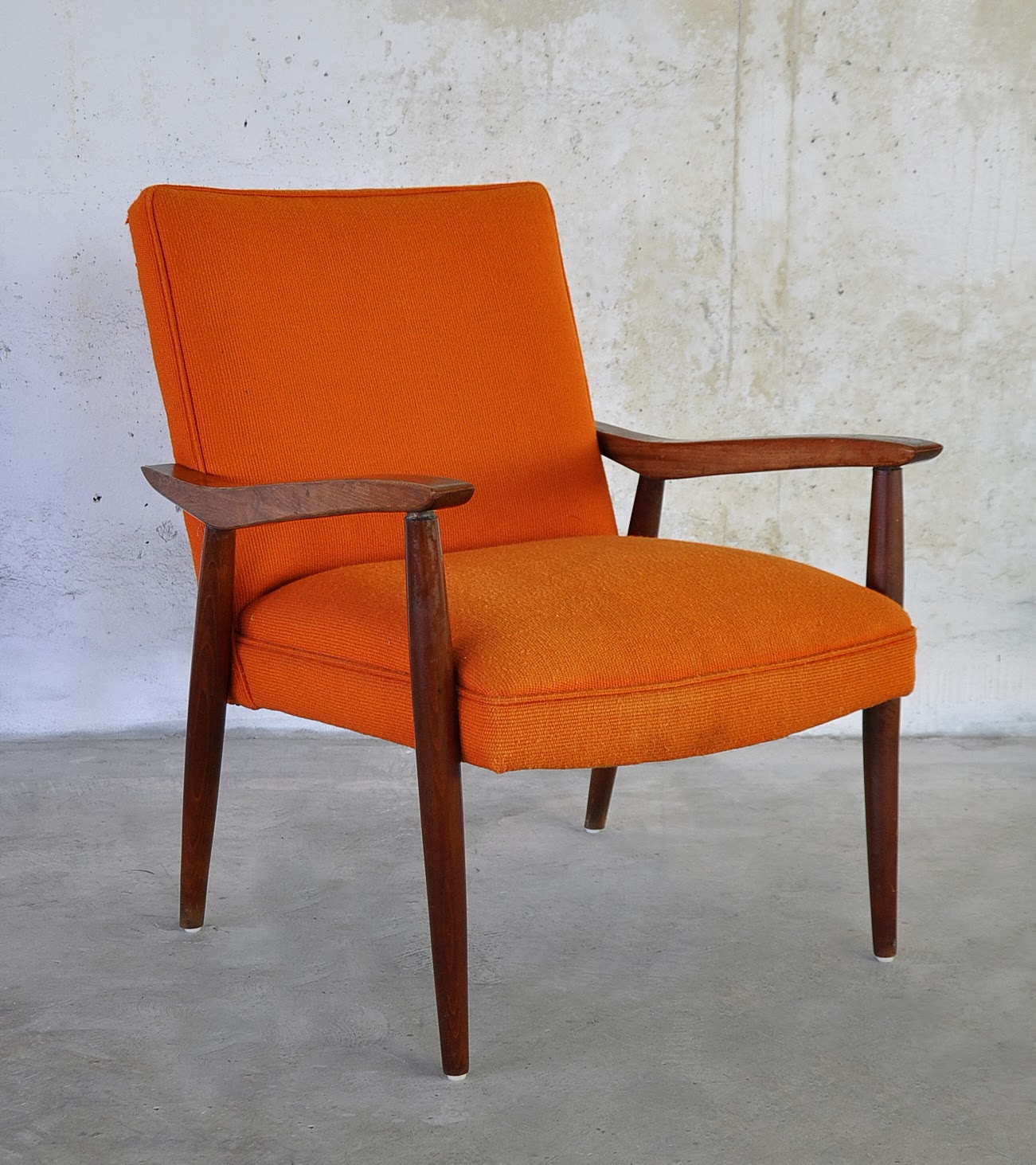 SELECT MODERN Danish Modern Lounge or Easy Chair