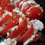 Oeufs mimosa aux tomates et à la mozarella
