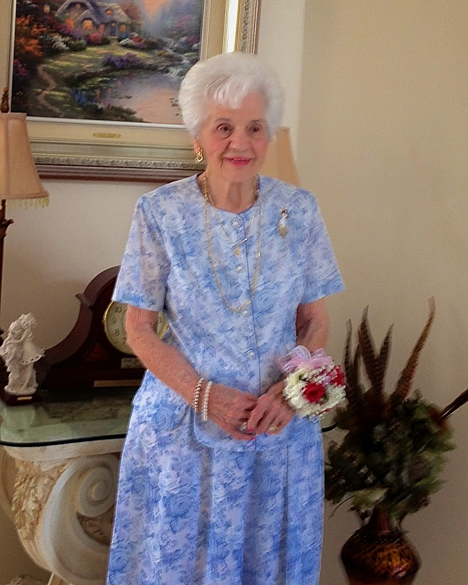 Helena Distefano Summa, Post University's oldest living graduate