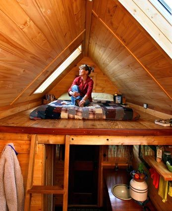 Tiny houses tumbleweeds to skylight or not to skylight - Tumbleweed tiny house interior ...