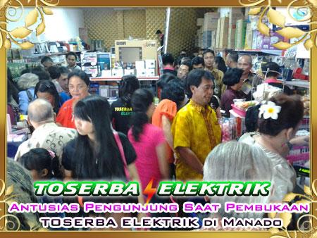 Toserba Elektrik Manado diserbu pengunjung