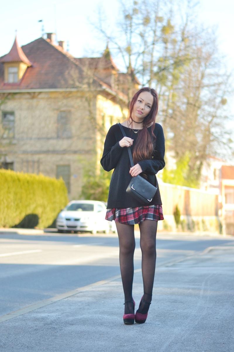 Outfit_karierter_Skaterrock_Primark_Pullover