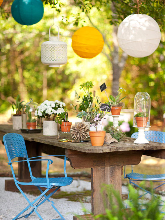 Modern furniture colorful outdoor decorating for summer 2013 for Outdoor table decor ideas