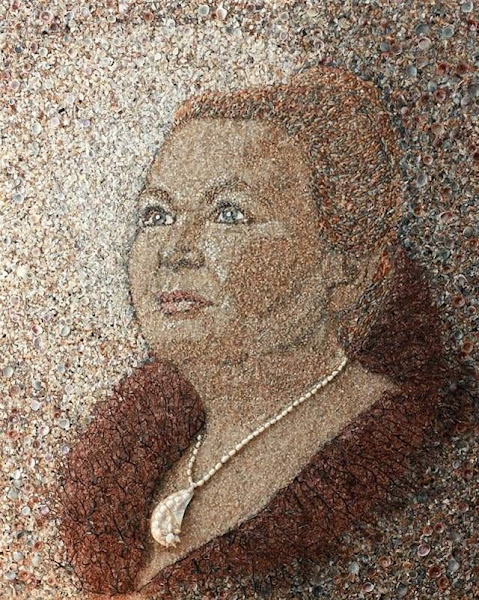 Creative Mosaics of Sand and Shells
