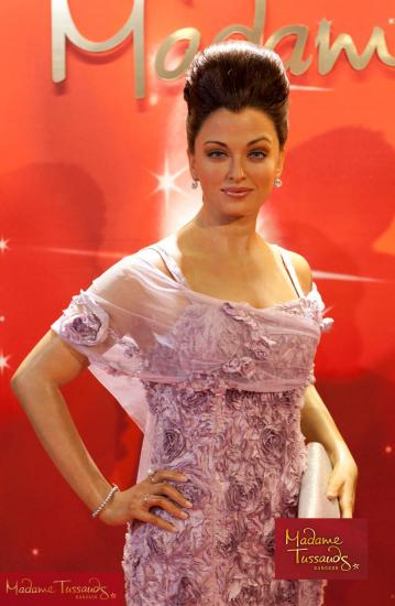 Aishwarya rai  Madame Tussauds Bangkok 1 - Aishwarya rai Bachchan&#39;s statue at Madame Tussauds Bangkok 