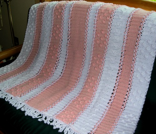 Lace-up Baby Blanket and Chick - Free Pattern