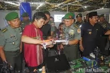Dua Mahasiswa Undip Semarang Buat Pesawat Tanpa Awak