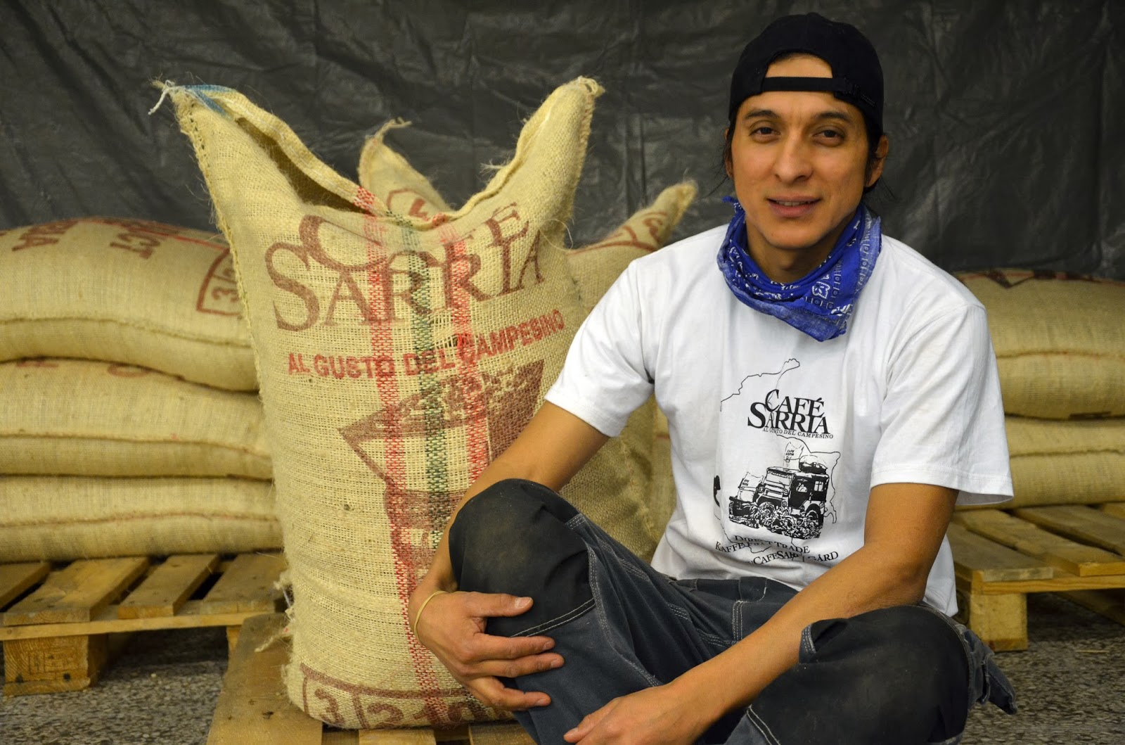 heber sarrias familj har odlat kaffebnor i sjlv kom han till gvle fr r sen men banden till r starka