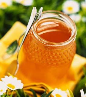 خلطة عشبية من عسل النحل لعلاج فرحة المعدة