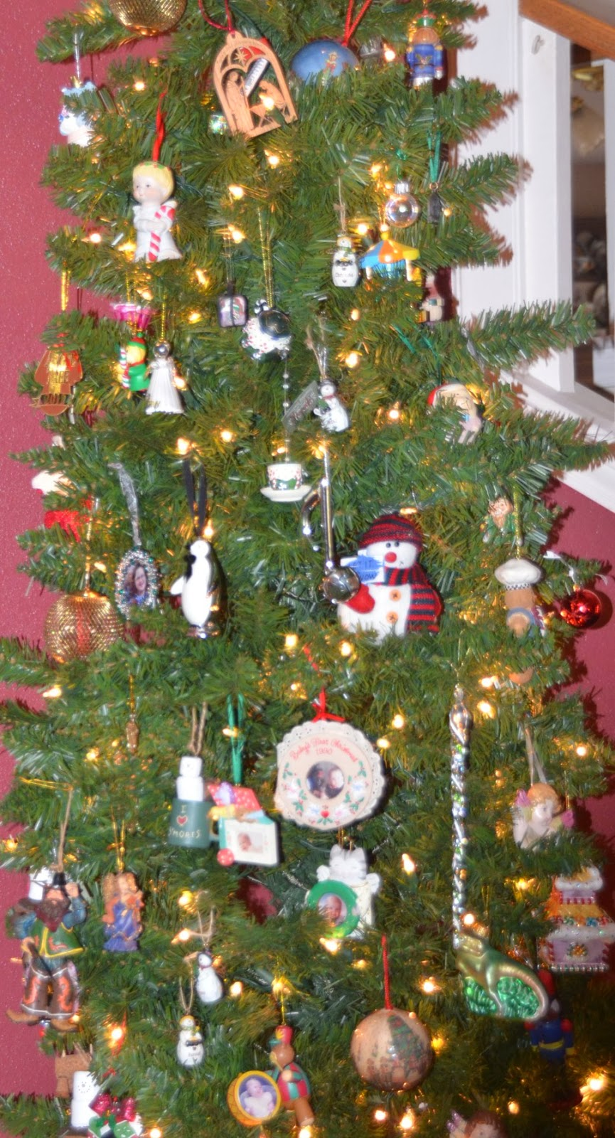 eclectic tree ornaments