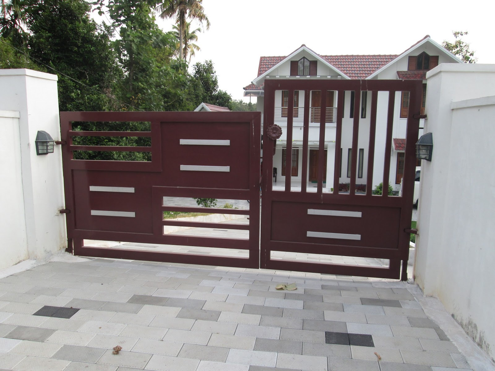 Kerala gate designs may 2013 for Home gate design