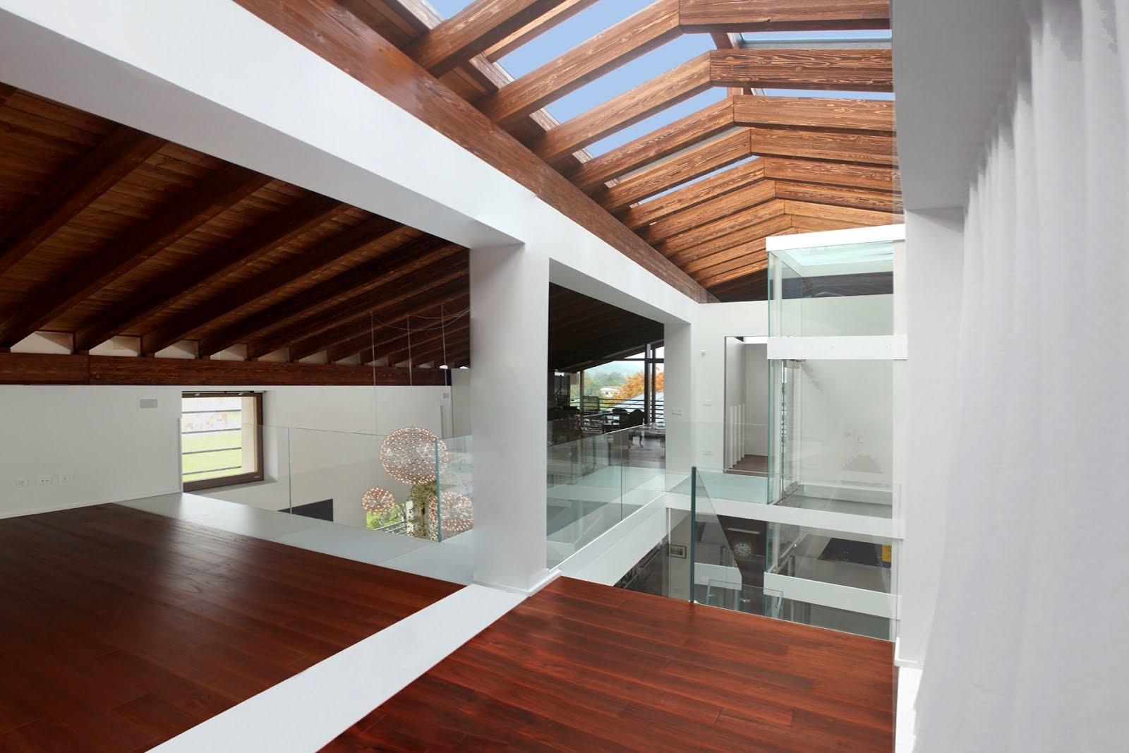 Arredo e design il fabbricato anni 60 diventa una moderna for 5 piani di casa di tronchi di camera da letto