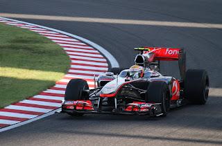 Gambar Mobil Balap F1 McLaren 07